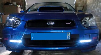 Feux de jour Vega sur Subaru Impreza STI